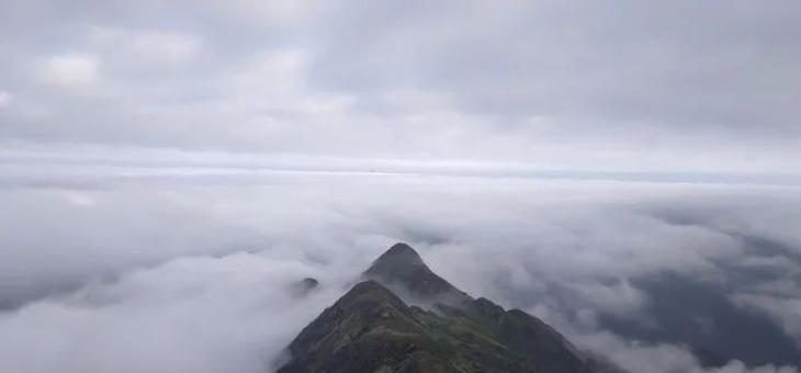 海丰莲花山飞瓦寺成新网红景点 登山顶可看云海