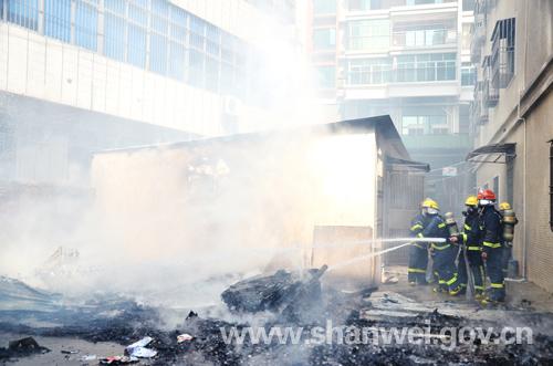 汕尾大道名门御庭附近一处民房发生火灾 汕尾