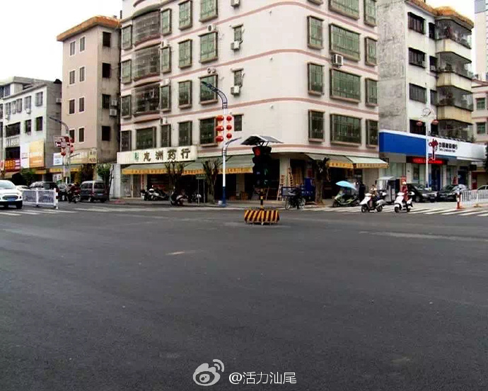 陆河县城新增5个太阳能红绿灯 陆河新闻 第2张