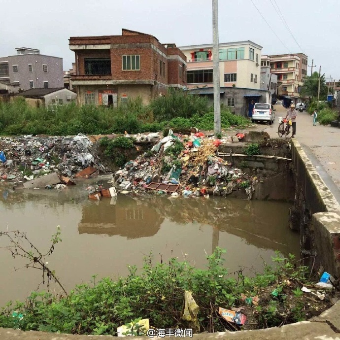 海丰可塘溪头溪几乎成垃圾场 海丰新闻 第1张
