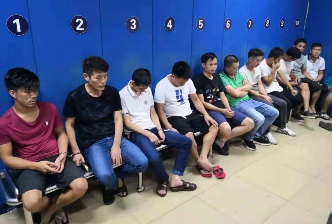 海丰城东某高层住宅藏赌 被警方凌晨一窝端 海丰 第2张