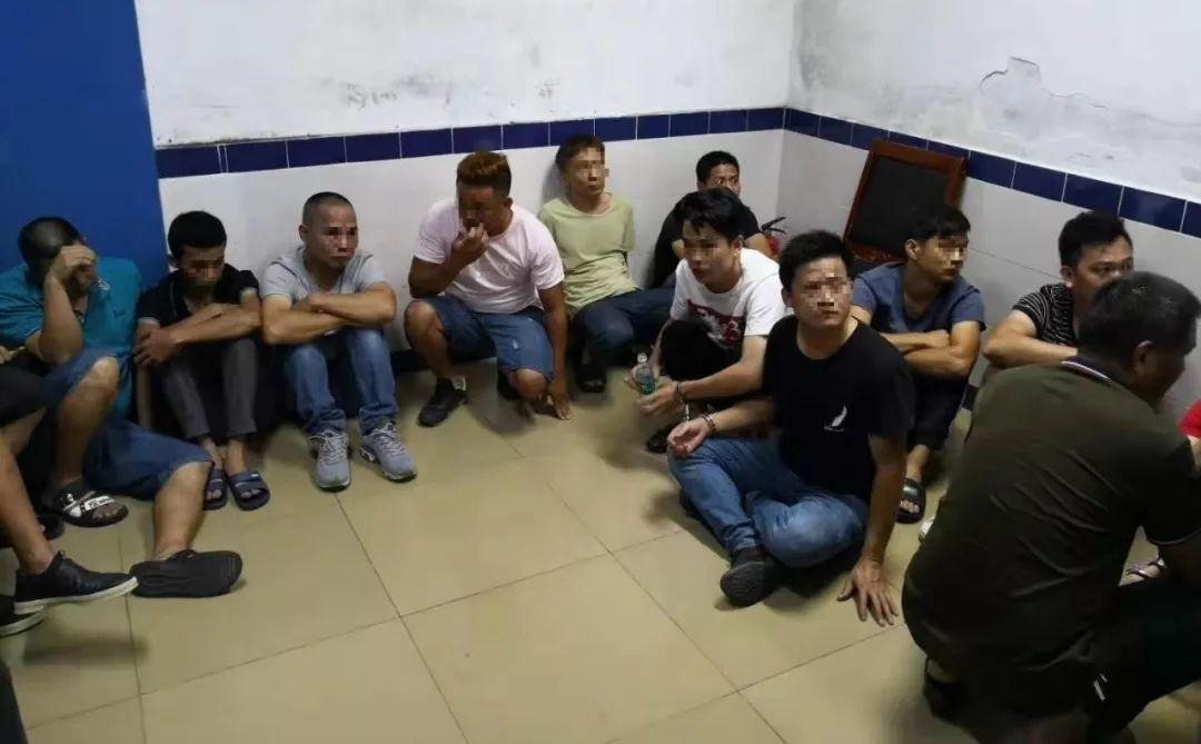 海丰城东某高层住宅藏赌 被警方凌晨一窝端 海丰 第3张