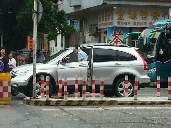 陆丰市广汕公路龙山路口路段发生一起枪击事件 陆丰新闻 第2张