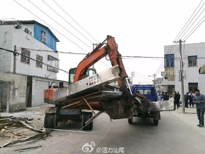 海丰县联安镇出动一百多人 开展违建违搭专项整治行动 海丰 第3张
