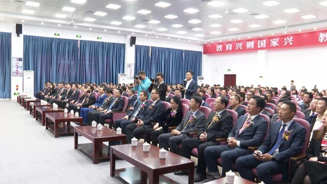 海丰彭湃中学提质升级工程项目交付使用 海丰 第2张