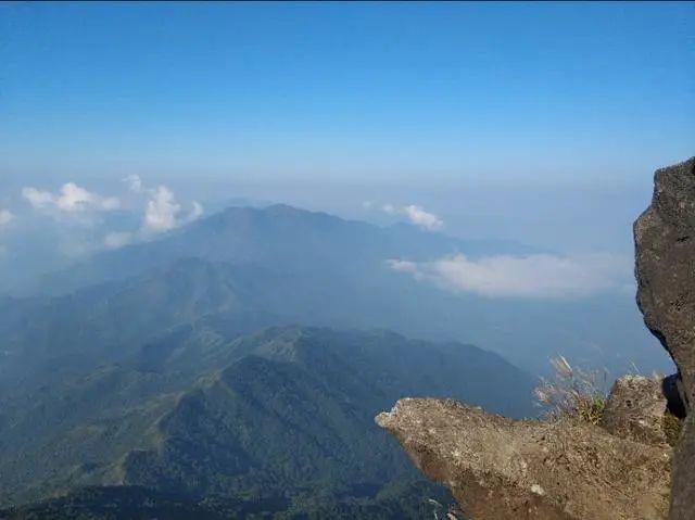 海丰莲花山飞瓦寺成新网红景点 登山顶可看云海 海丰新闻 第3张