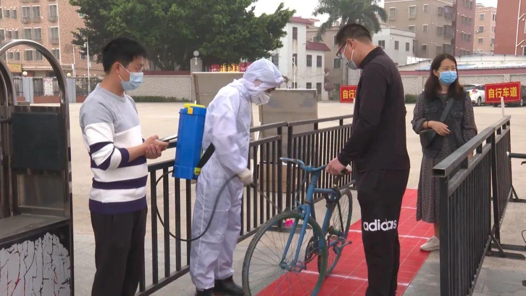 海丰实验中学举行疫情防控演练 为开学做准备 汕尾新闻 第3张