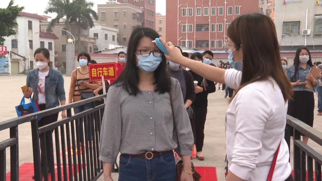 海丰实验中学举行疫情防控演练 为开学做准备 汕尾新闻 第2张